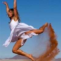 Dans printre dune
