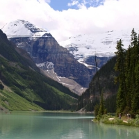 munti canadieni