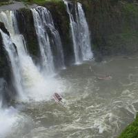 FOZ de IGUAZU (Brasil) - PUERTO de IGUAZU (Argentina)