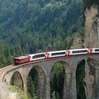 Calatorii spectaculoase cu trenul
