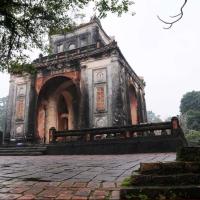 Vietnam - morminte regale