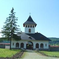 Mănăstirea Izvorul Mureşului. Jud. Harghita.
