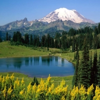 montanas y lagos