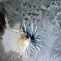 Vulcani vazuti din spatiu 4