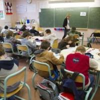 François Hollande revient à l'école (humour)