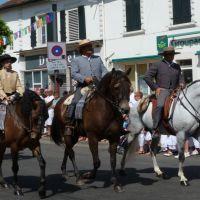 TYROSSE le défilé des fetes 2012