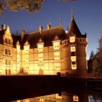 France-Les_chateaux_de_nuit