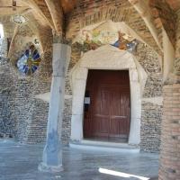 Cripta coloniei Gruell de Gaudi