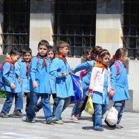 Uniforme scolare din toata lumea