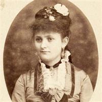 Portrete De Femei La Sfarsit De Secol XIX.