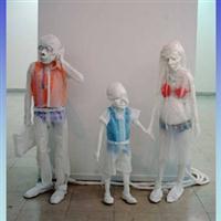 Sculpturi din pungi de plastic