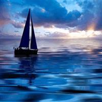 de fondo, el mar