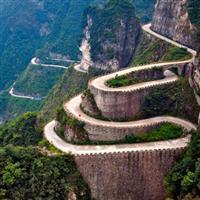 Cele mai bune 40 de drumuri din lume pentru a te plimba pe bicicletă