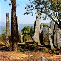 Menhirii De La Huaphanh, Laos.