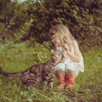 Pisici si copii