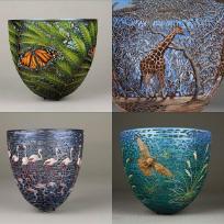 Vase din lemn sculptate și pictate