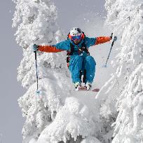 Si acum sa ne avantam pe skiuri .