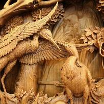 Minunatii sculptate in lemn