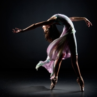 DANCER EXTREMES PHOTO BY RICHARD CALMES