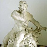 30 sculpturi ale Muzeului Louvre