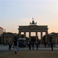 o raita prin Europa Centrala - 50 - la Berlin - la plimbare pe Unter den Linden P