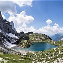 Din perlele Dolomitilor. Lago di Coldai 2143 m.