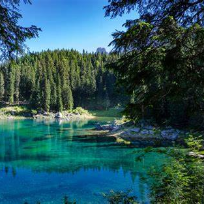 Din perlele Dolomitilor. Lago di Carezza